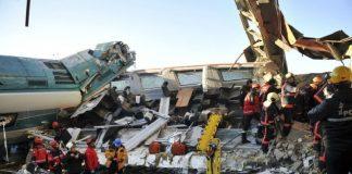 Accidente de tren en Turquía