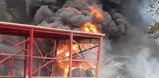 Incendio frente al parque Cachamay