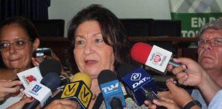 Presidenta de la Fapuv anuncia paro universitario.