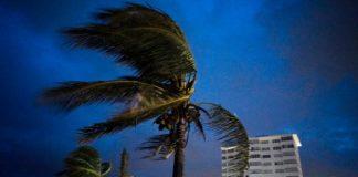 Paso del Huracán Dorian por Bahamas