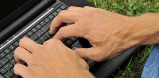 socializar en línea