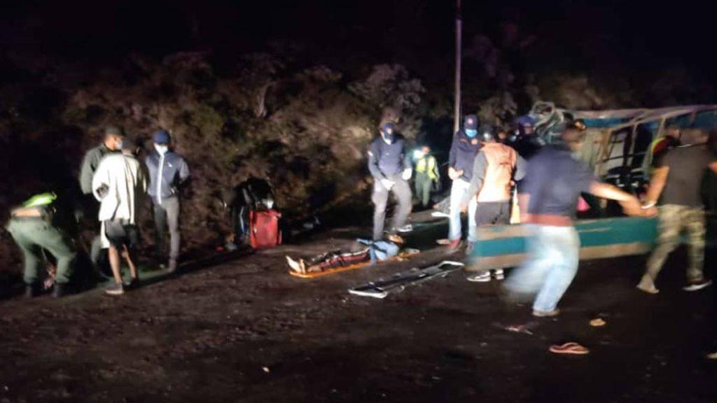 Vehículo militar se volcó en Táchira