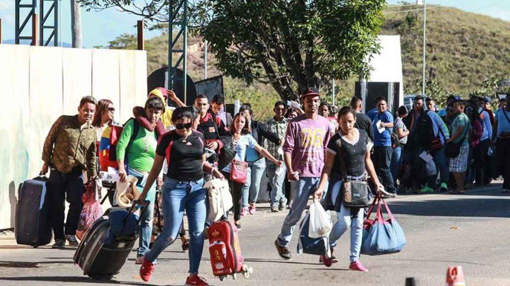 Brasil simplifica trámites para que venezolanos obtengan la residencia