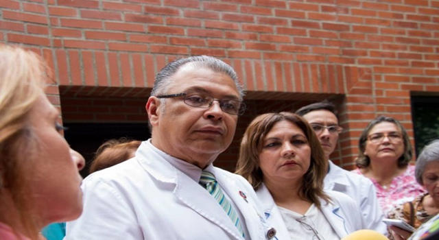 vacunas - Huníades Antonio Urbina Medina