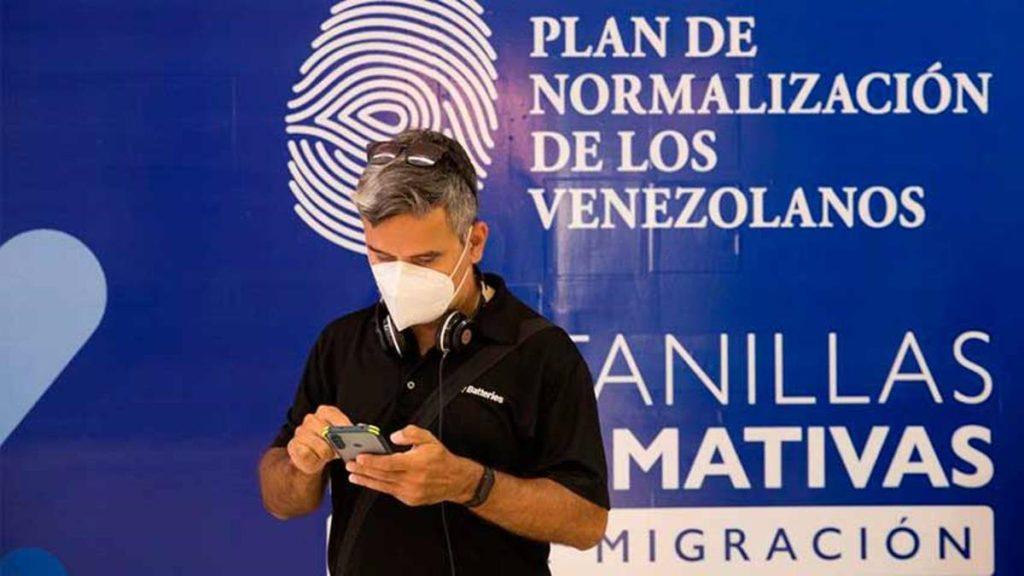 Abren oficinas para facilitar regularización de venezolanos